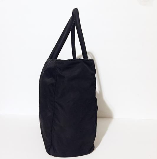 Prada Tote in black Image 1