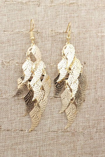 Ocean Fashion Gold long small wing earrings Image 4