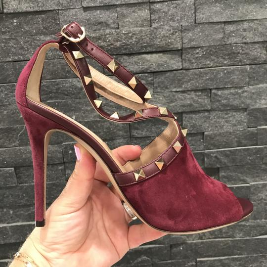 Valentino Studded Peep Toe Adjusted Strap Suede Leather Bordeaux Pumps Image 4