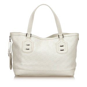 Gucci 9fguto040 Vintage Cowhide Leather Tote in White