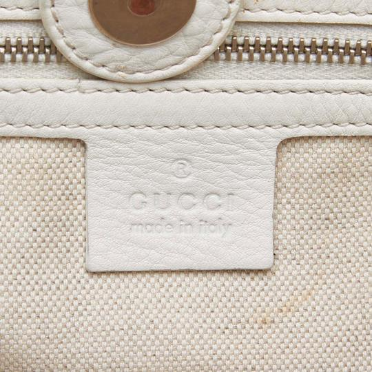 Gucci 9fguto040 Vintage Cowhide Leather Tote in White Image 5