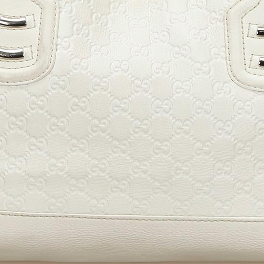 Gucci 9fguto040 Vintage Cowhide Leather Tote in White Image 9
