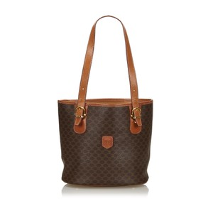 Céline 9cceto007 Vintage Plastic Leather Tote in Brown