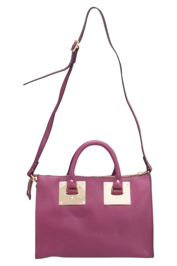 Preload https://img-static.tradesy.com/item/25726814/sophie-hulme-fuchsia-zip-bowler-pink-leather-satchel-0-0-540-540.jpg