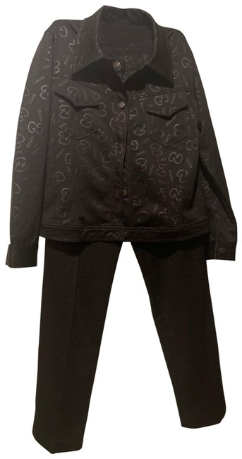 Preload https://img-static.tradesy.com/item/25726842/gucci-black-on-black-and-logo-pattern-western-jacket-and-trousers-pant-suit-size-8-m-0-1-650-650.jpg
