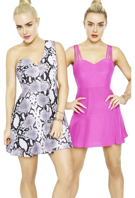 Preload https://img-static.tradesy.com/item/25727067/nbd-neon-pink-by-the-navin-twins-party-short-night-out-dress-size-4-s-0-1-650-650.jpg