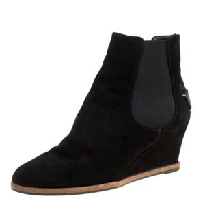 591dd95bfd9c0 Fendi Shoes on Sale - Up to 70% off at Tradesy