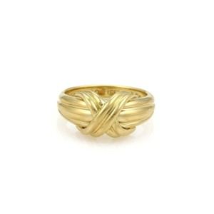 Tiffany & Co. Classic 18k Yellow Gold X Crossover Grooved Ring