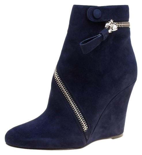 Preload https://img-static.tradesy.com/item/25732799/alexander-mcqueen-blue-indigo-suede-spiral-zip-detail-wedge-ankle-bootsbooties-size-eu-385-approx-us-0-1-540-540.jpg