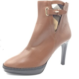 Burberry Lysterfield Brown Leather Ankle Tan Boots