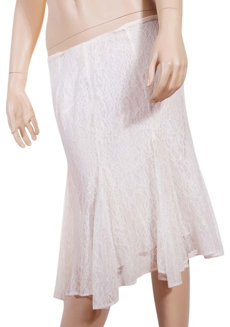 Item - White Floral Lace Lined A Line Ruffled Knee Skirt Size 2 (XS, 26)