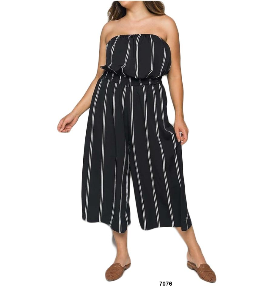 Black Stripe Strapless Wide Leg Elastic Waist Plus Size Romper/Jumpsuit 37%  off retail