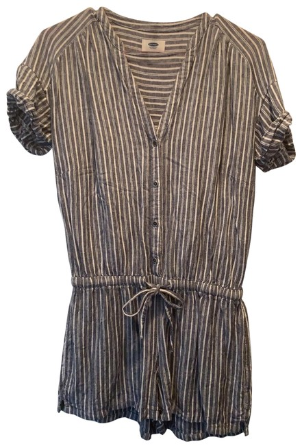 Item - Blue and White Striped Romper/Jumpsuit