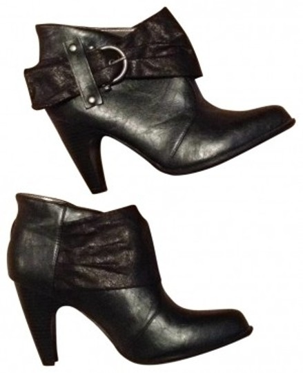 Preload https://img-static.tradesy.com/item/25736/candie-s-black-leather-buckle-ankle-bootsbooties-size-us-95-0-0-540-540.jpg