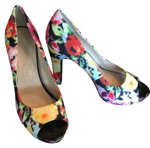 Nine West Multi Colored Pumps