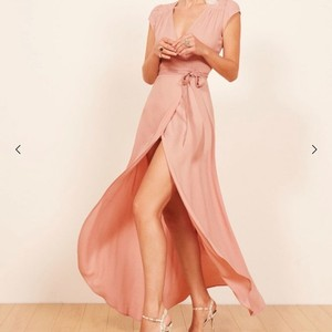 Reformation Blush Pink Viscose/Rayon Chamomile Casual Bridesmaid/Mob Dress Size 8 (M)