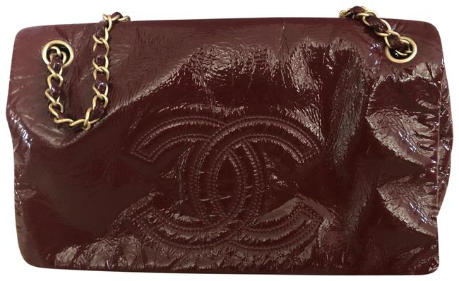 Item - Classic Flap Rock and Chain Burgundy Red Patent Leather Shoulder Bag