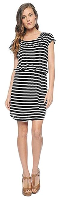 Preload https://img-static.tradesy.com/item/257369/splendid-black-and-white-above-knee-short-casual-dress-size-4-s-0-0-650-650.jpg