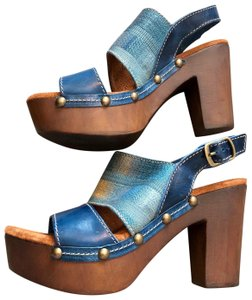 Sbicca Denim Blue mix Platforms