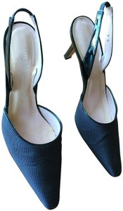 Amalfi Dk Made In Italy Excellent Condtion Year Round Patent Leather Trim Navy Blue Pumps