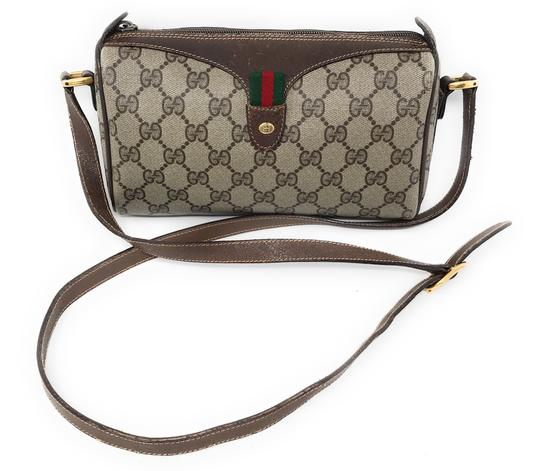 Preload https://img-static.tradesy.com/item/25738957/gucci-shoulder-web-monogram-gg-brown-canvas-cross-body-bag-0-0-540-540.jpg