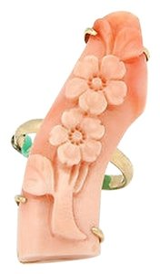 Estate 14k Yellow Gold Carved Coral Floral Ring - Size 7.25