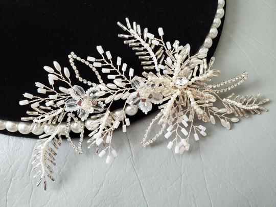 White Silver Bride Crystal Pin Large Flower Leaf Hair Accessory Image 2