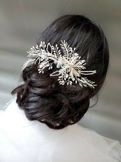 White Silver Bride Crystal Pin Large Flower Leaf Hair Accessory Image 7