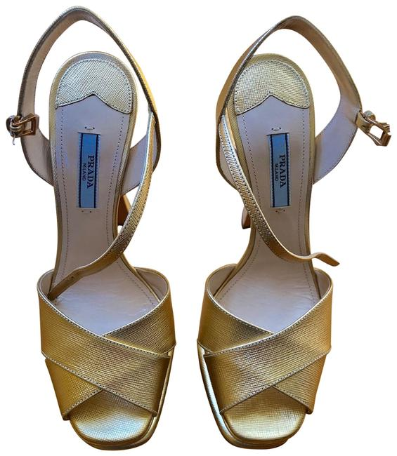Item - Gold Saffiano Leather Platforms Size EU 39 (Approx. US 9) Regular (M, B)