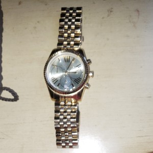 Michael Kors Gold Lexington MICHAEL Kors watch. No box. Additional links included. Needs new battery.