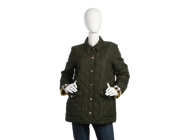 Preload https://img-static.tradesy.com/item/25741395/burberry-green-quilted-snap-up-coat-size-12-l-0-0-650-650.jpg