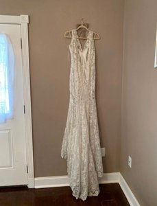 Allure Bridals Ivory Silk/Lace/Beaded Couture C291 Feminine Wedding Dress Size 4 (S)