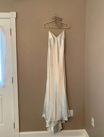 Allure Bridals Ivory Silk/Lace/Beaded Couture C291 Feminine Wedding Dress Size 4 (S) Image 3