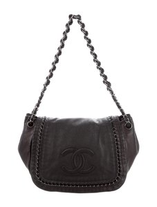 Chanel Luxe Ligne Luxury Line Classic Flap Accordion Calfskin Leather Shoulder Bag