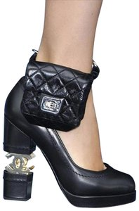 Chanel 2.55 Reissue Runway Quilted Ankle Wrist Wristlet Ankle Mini Belt Bag