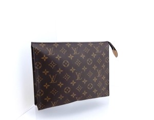 Louis Vuitton Toiletry Pouch 26 Monogram Large Cosmetics Travel Dopp Bag
