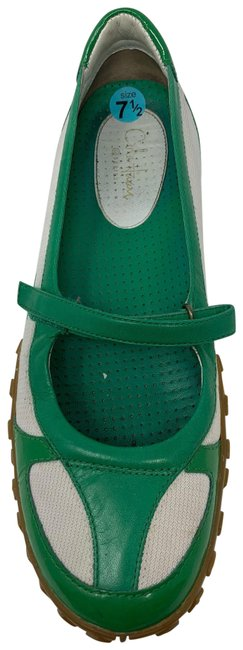 Item - Green and White 3895 Flats Size US 7.5 Regular (M, B)