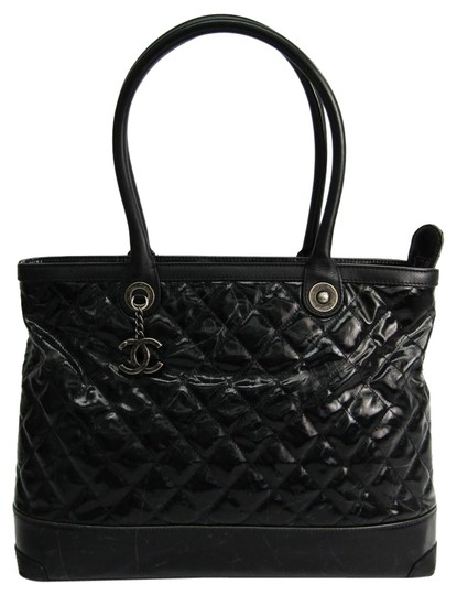 Preload https://img-static.tradesy.com/item/25745950/chanel-bag-black-leather-coated-canvas-tote-0-1-540-540.jpg