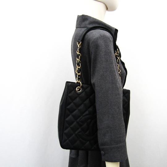Chanel Quilted Caviar Pst A20994 Tote in Black Image 8