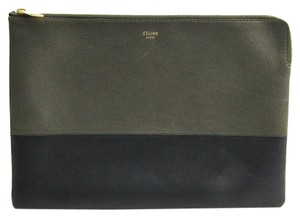 Céline Black / Khaki Clutch