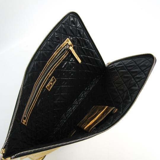 Chanel Gold Clutch Image 2