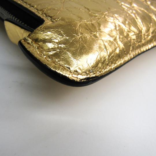 Chanel Gold Clutch Image 3