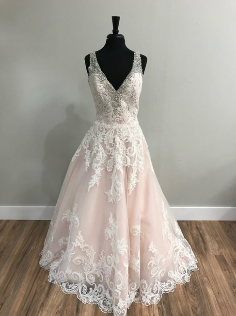 Item - Ivory/Blush Tulle and Lace 2813 Traditional Wedding Dress Size 14 (L)