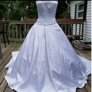 Maggie Sottero White Satin S294. Millisent Formal Wedding Dress Size 8 (M)