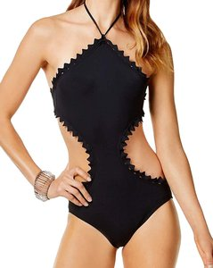 Vince Camuto Sea Scallops Triangle Scallop High Neck Monokini