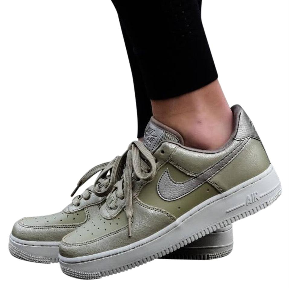 super popular d7b4f 73338 Nike Green Women's Air Force 1 '07 Premium Casual Low Cut Cushioned Collar  For A Natural Fit Around The Ankle. Sneakers Size US 9 Narrow (Aa, N) 31%  ...