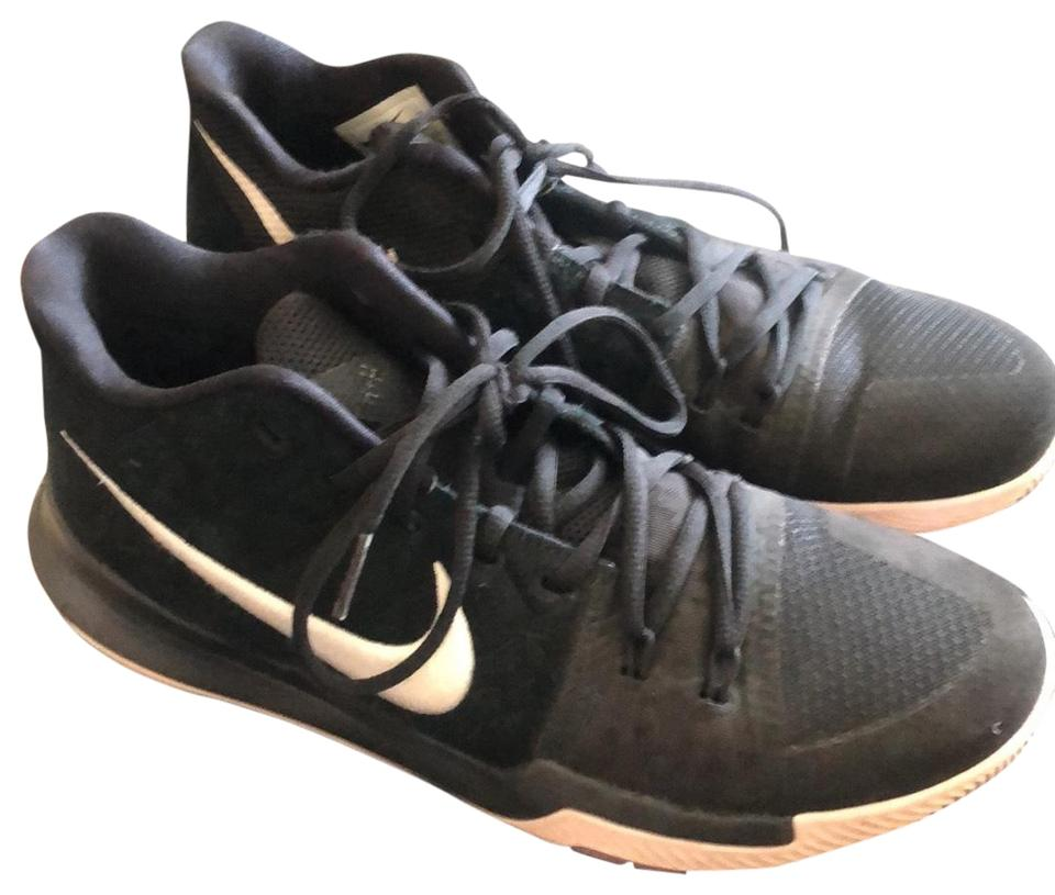 new products 28d64 90a1e Black Men's Kyrie 3 Sneakers