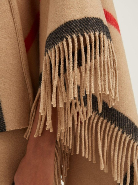 Burberry Winter Jacket Cape Image 3