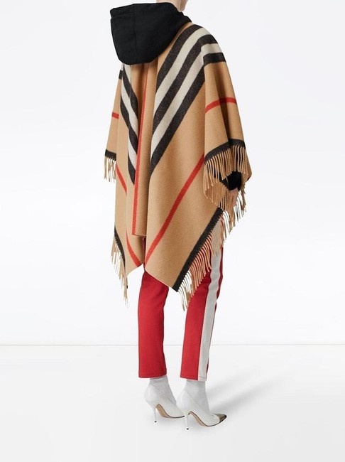 Burberry Winter Jacket Cape Image 5