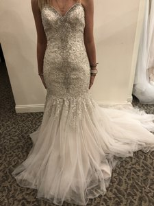Allure Bridals Champagne / Ivory / Silver Lace and Tulle A9275 Modern Wedding Dress Size 4 (S)